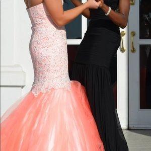 Morrell Maxie Peach Prom Dress